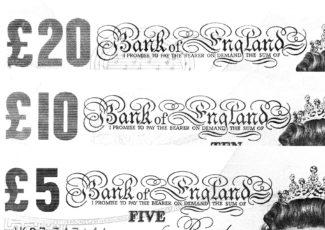 cash-notes-20105-blackwhite